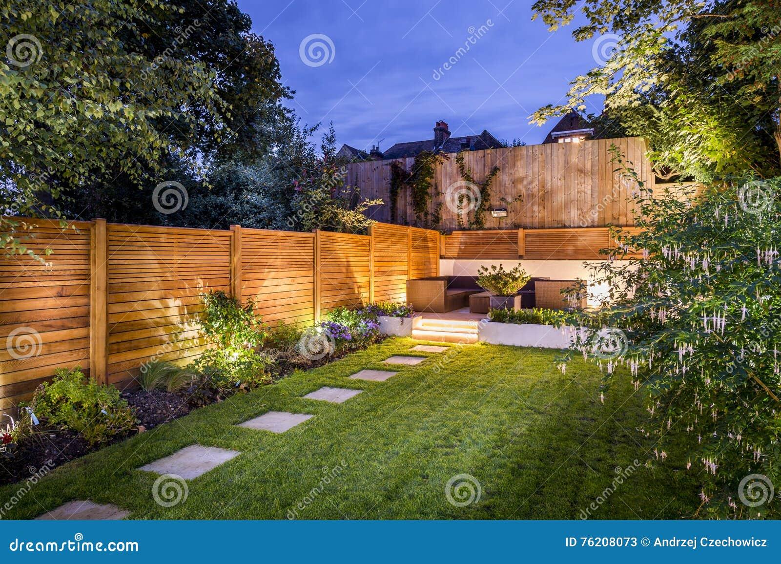 Patio al aire libre del patio trasero