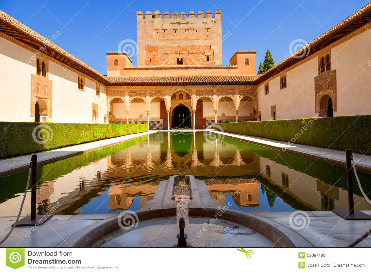 Patio De Arrayanes In The Alhambra De Granada. Stock Photo - Image: 52387183