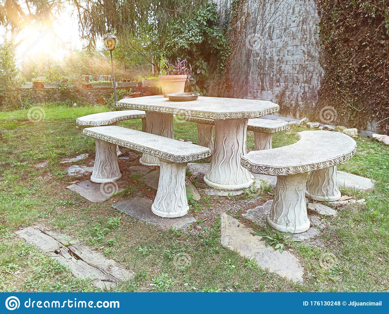 875 Garden Seating Stone Photos Free Royalty Free Stock Photos From Dreamstime