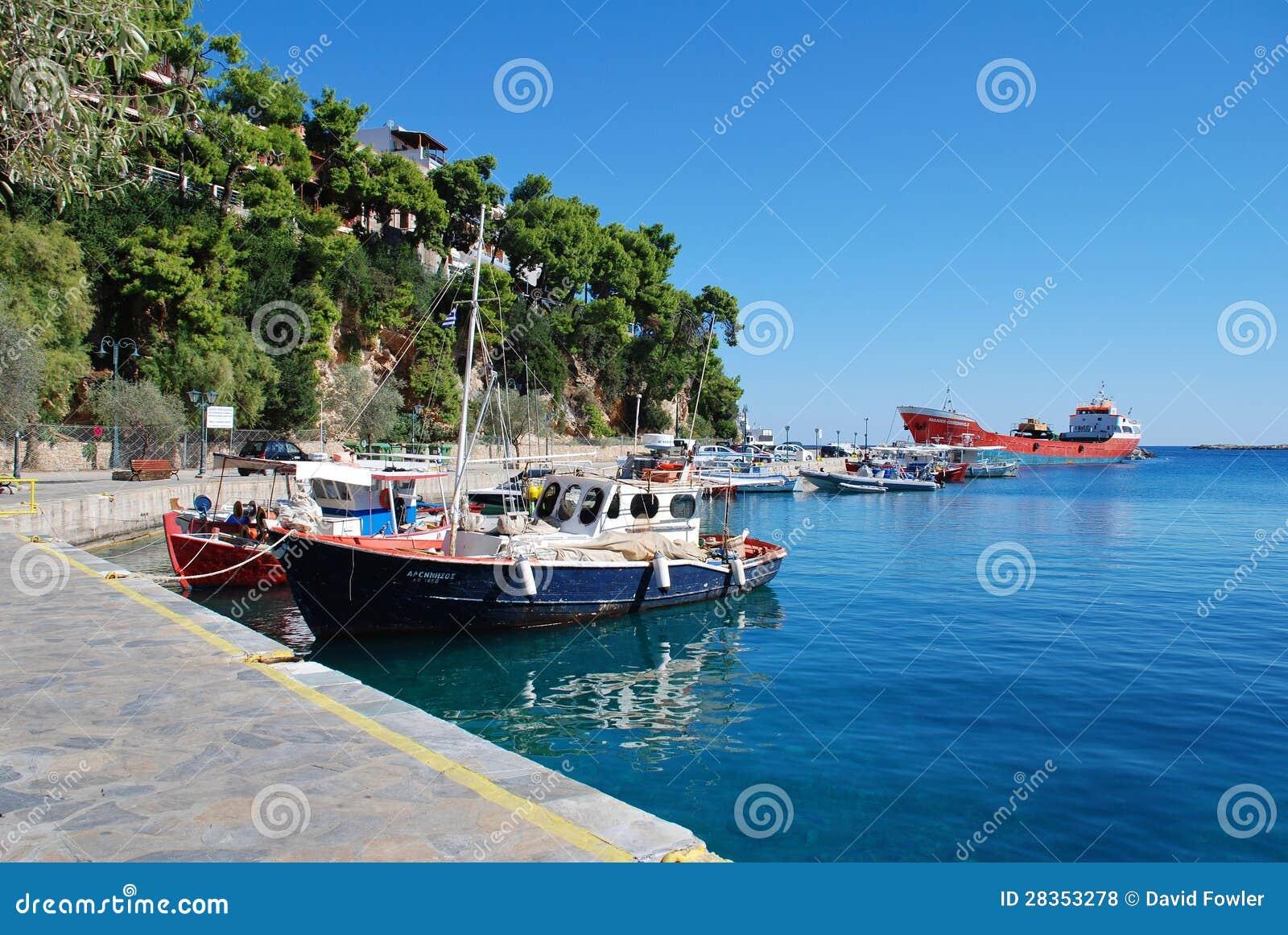 Patitiri Hafen, Alonissos Insel