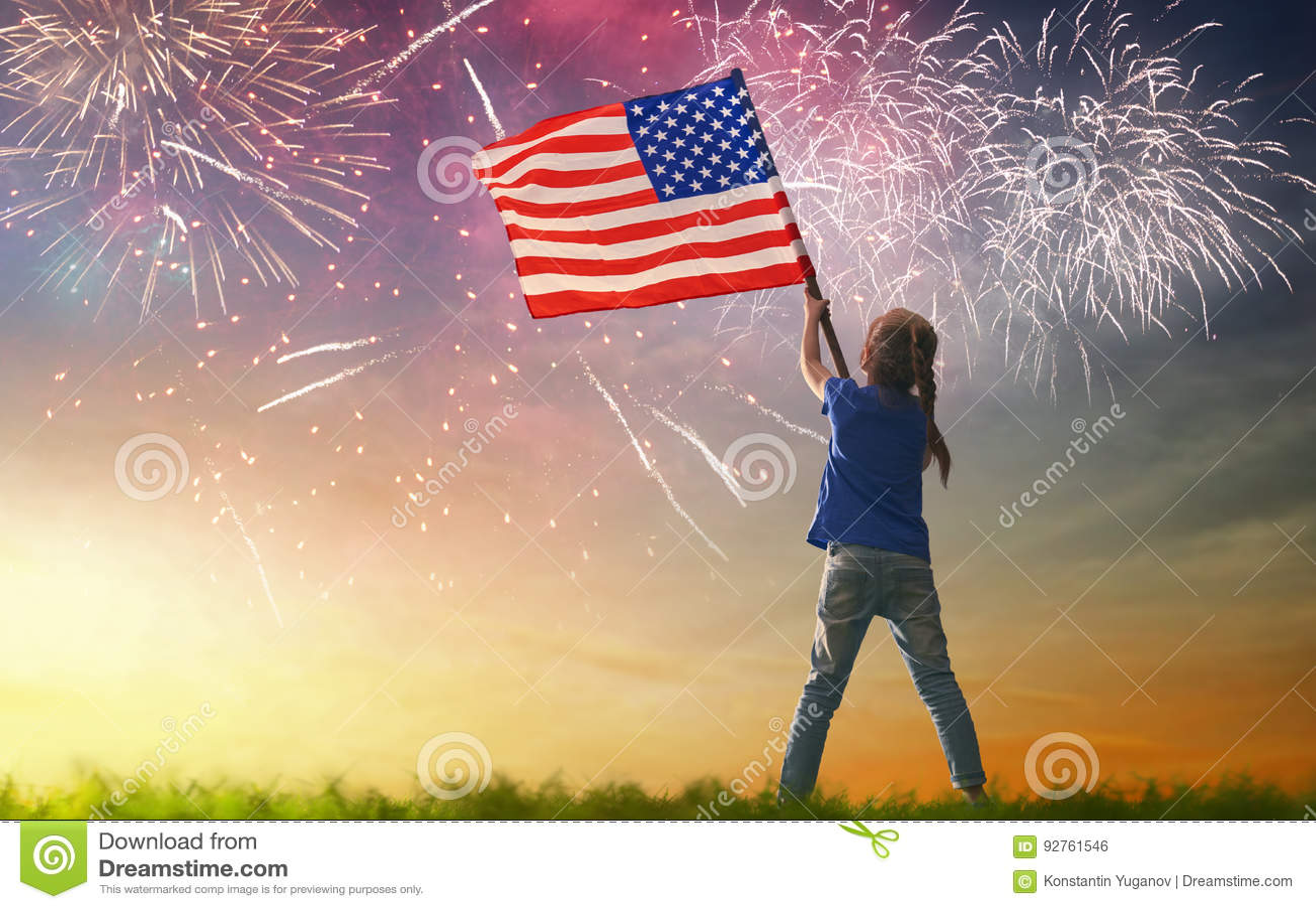 Patriotisk ferie lycklig unge