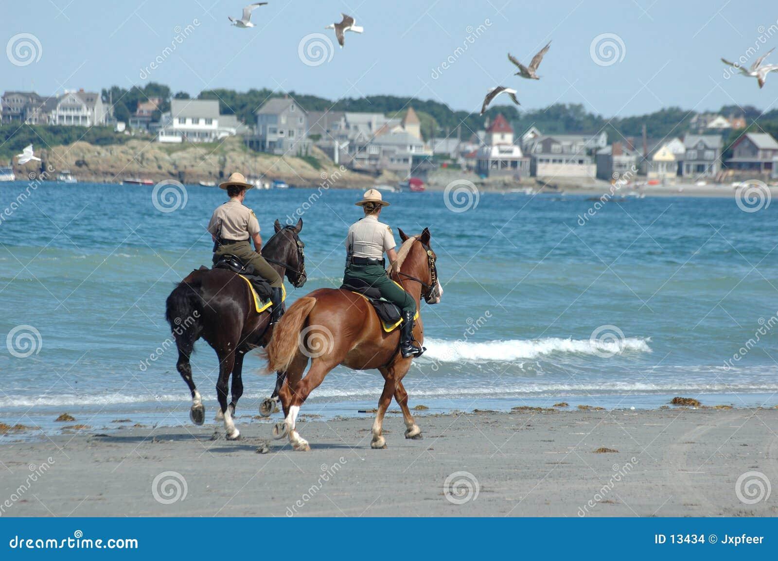 Patrouille 2 van het strand
