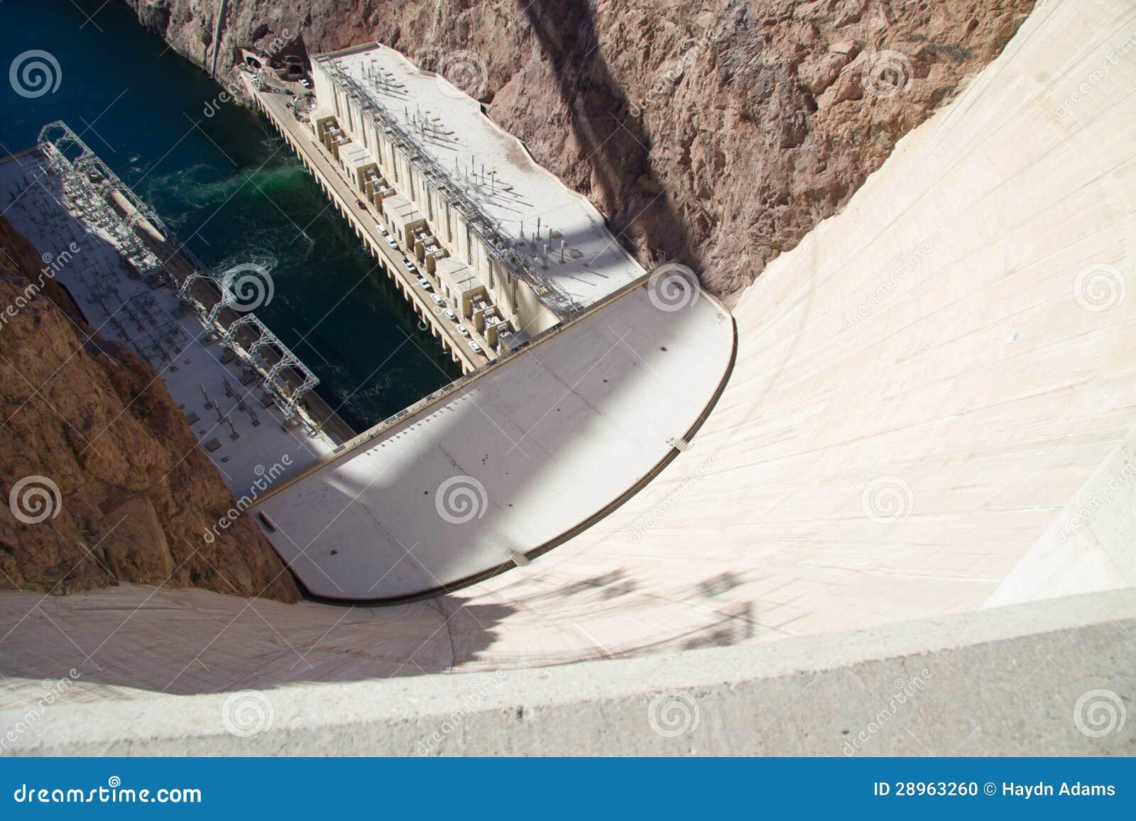 Patrzeć w dół od Hoover tamy