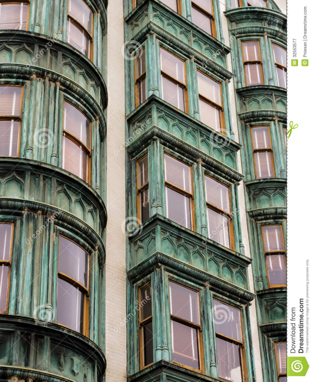 Cheap San Francisco Apartments For Rent: Pattern Vertical Rows Of Windows In San Francisco