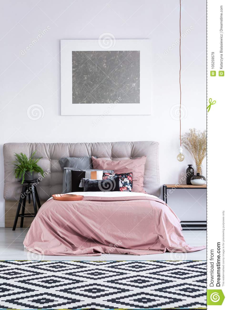 Modern Artwork And Pink Bedding Stock Image Image Of House Bulb