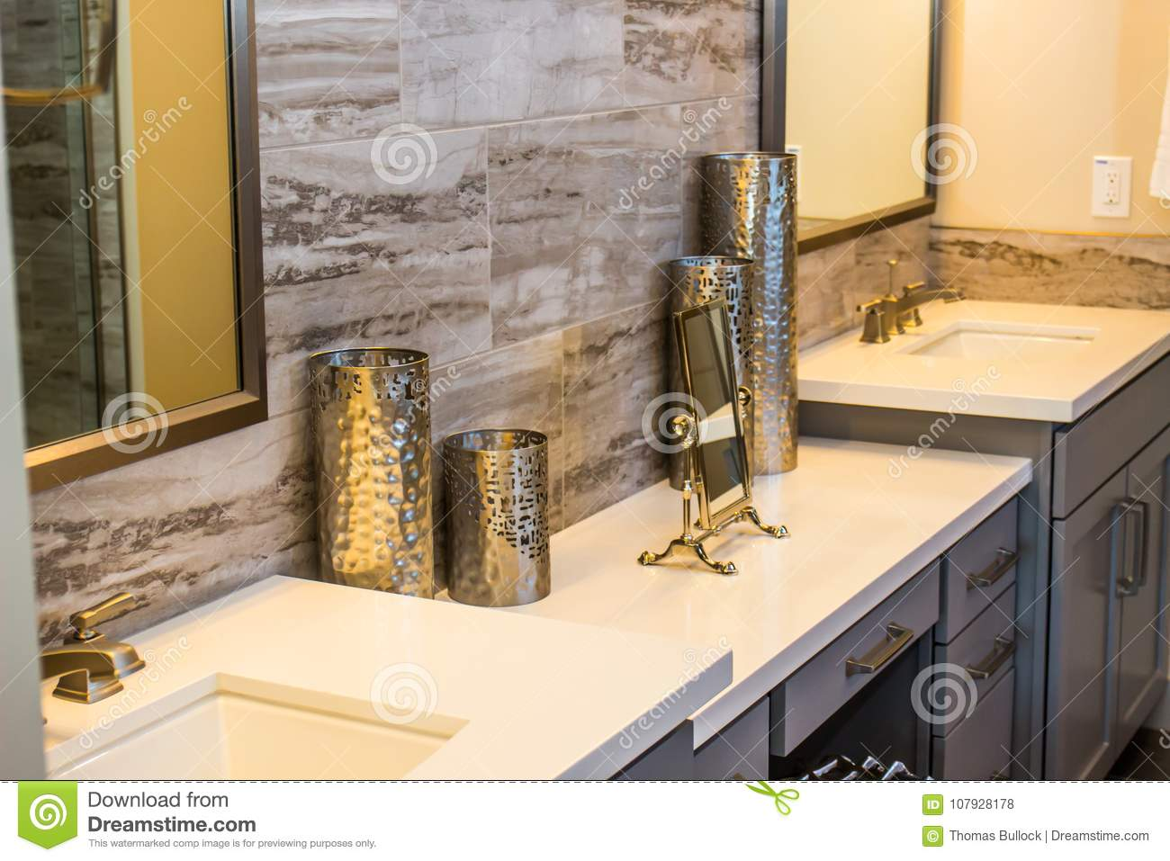 Patterned Knick Knacks On Modern Bathroom Counter