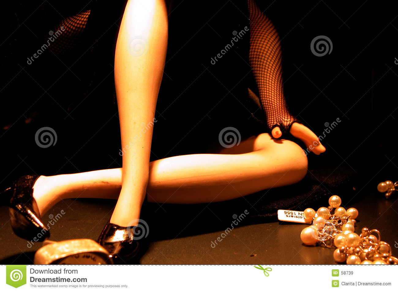 Download Pattes sexy image stock. Image du perles, patte, achats - 58739