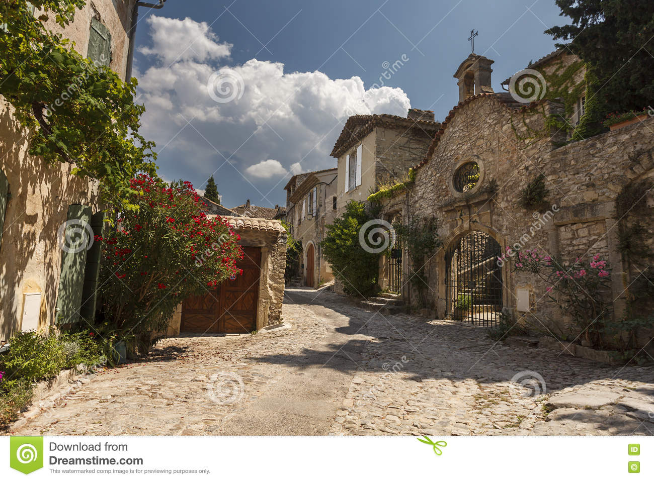 paved street in vaison la romaine village provence stock image image of bright stone 74274941. Black Bedroom Furniture Sets. Home Design Ideas