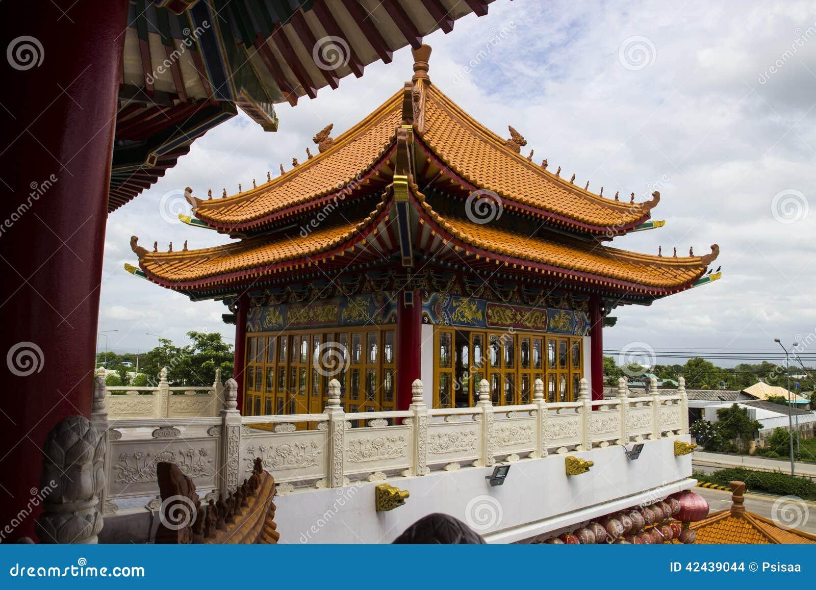 Pavillion chino antiguo majestuoso
