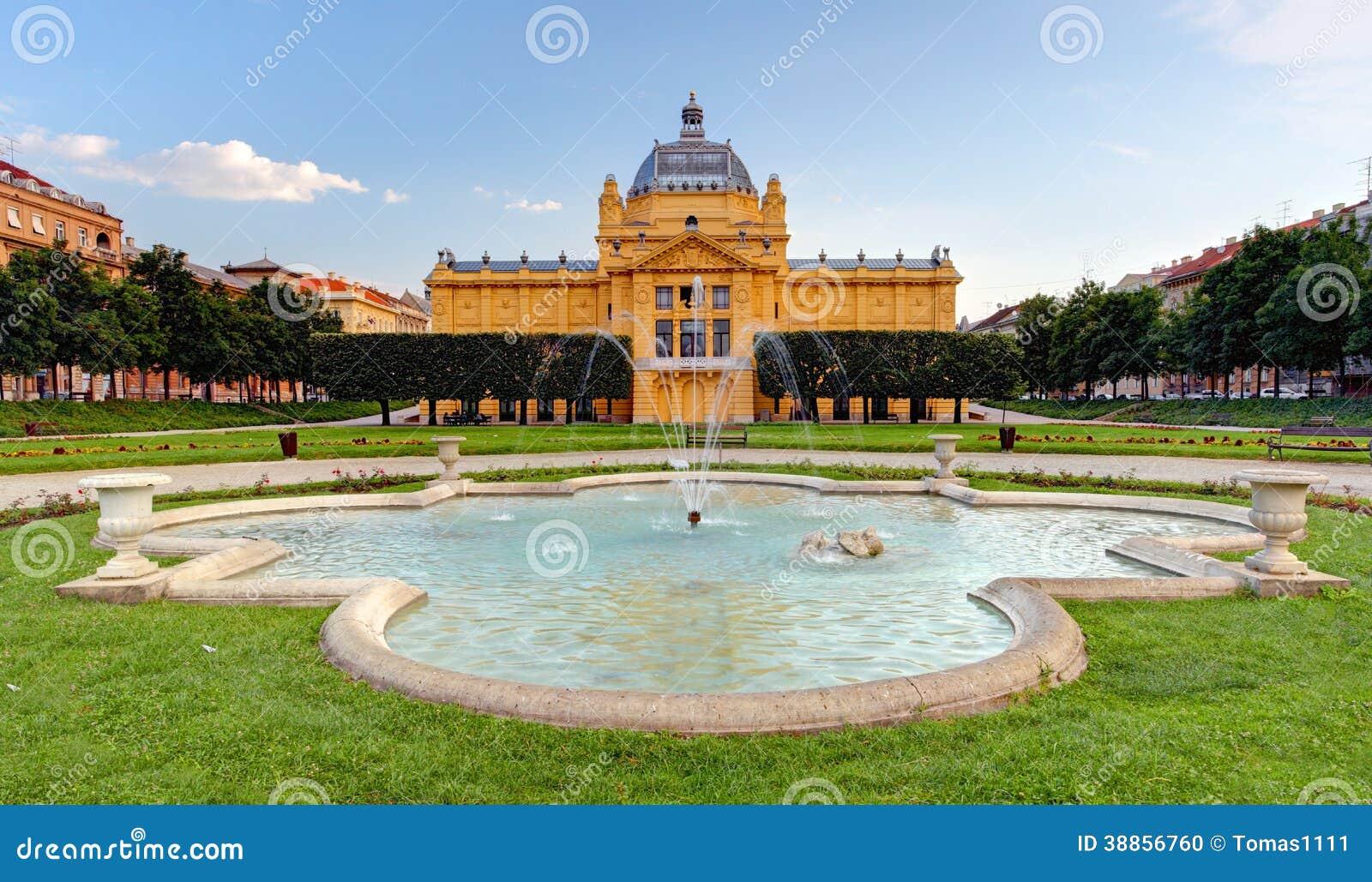 Pavillion del arte en Zagreb. Croacia