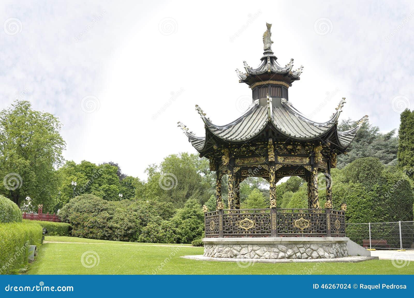 Pavillon chinois bruxelles belgique photo stock image for Conception jardin chinois