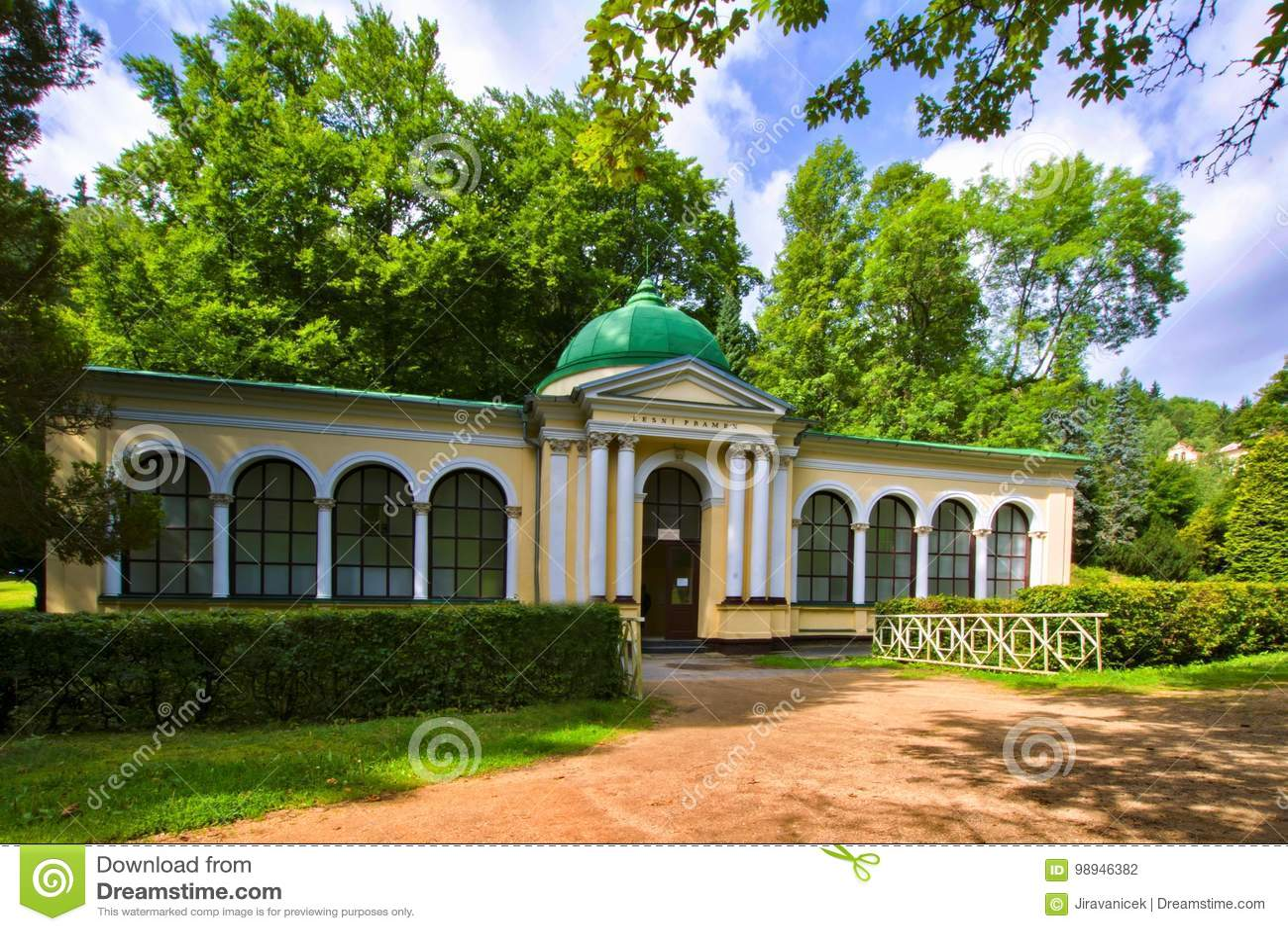 Pavillon des Waldfrühlinges - Marianske Lazne Marienbad - Tschechische Republik