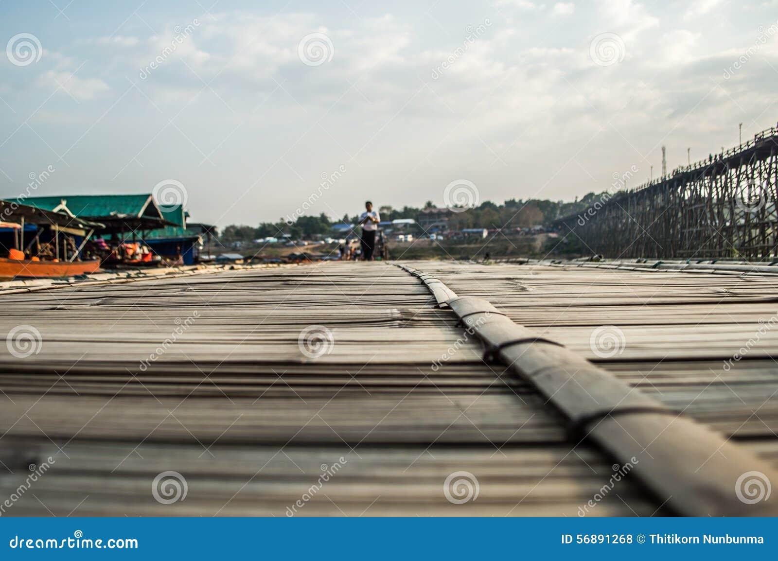 Pavimentazione di bambù