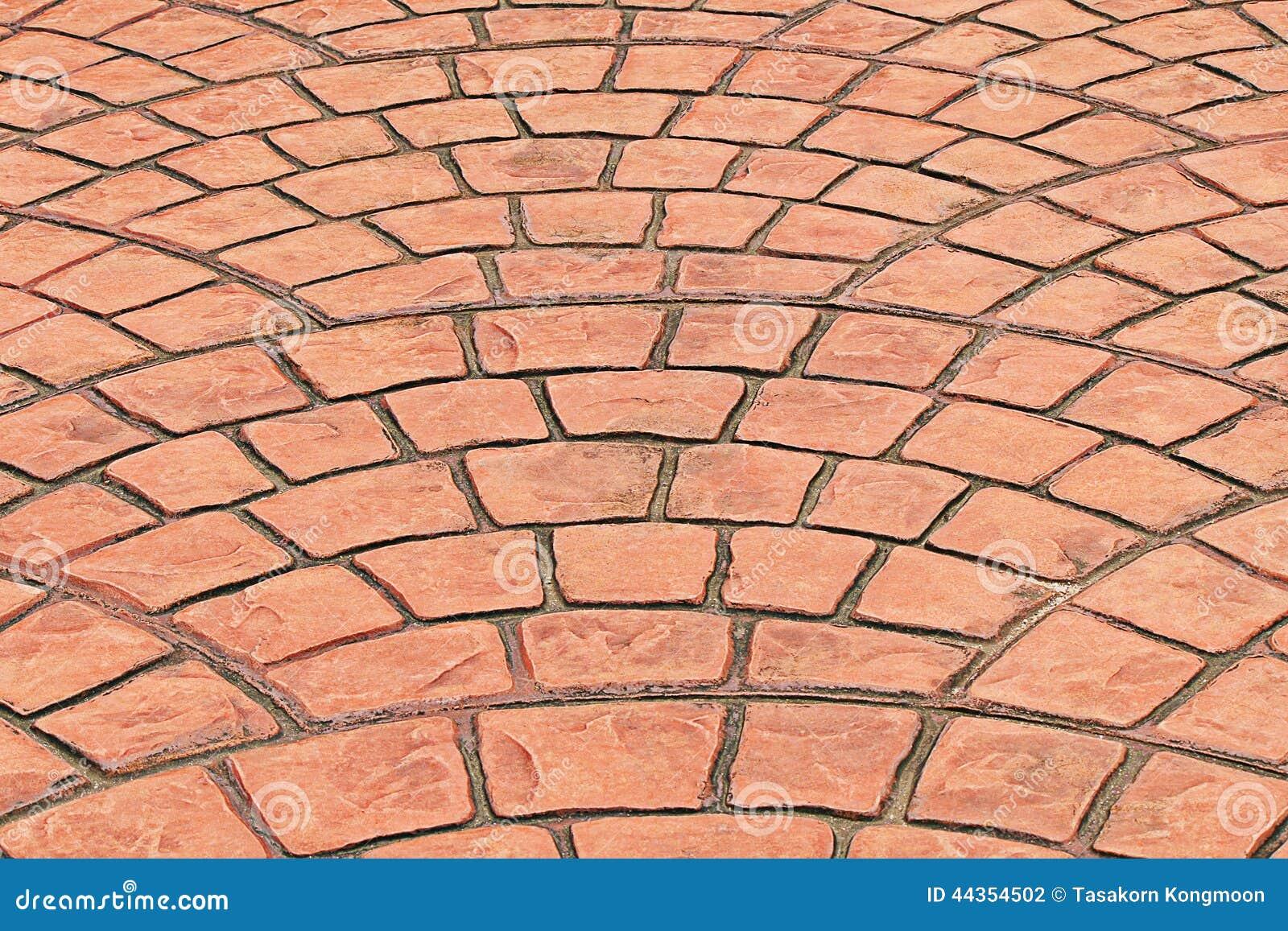 Pavimentazione in piastrelle arancio