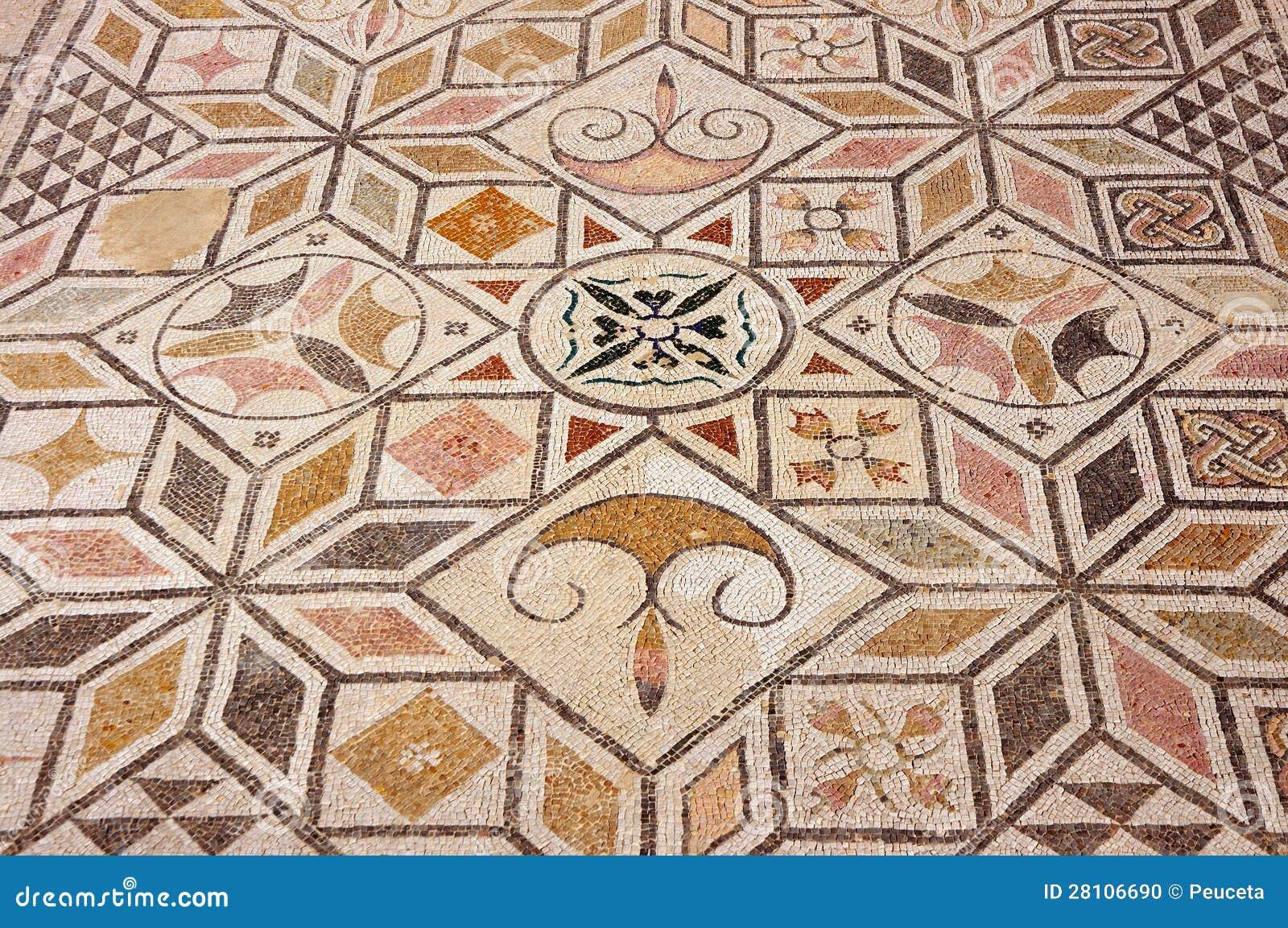 Pavimento di mosaico nella rovina romana italica for Mosaico pavimento