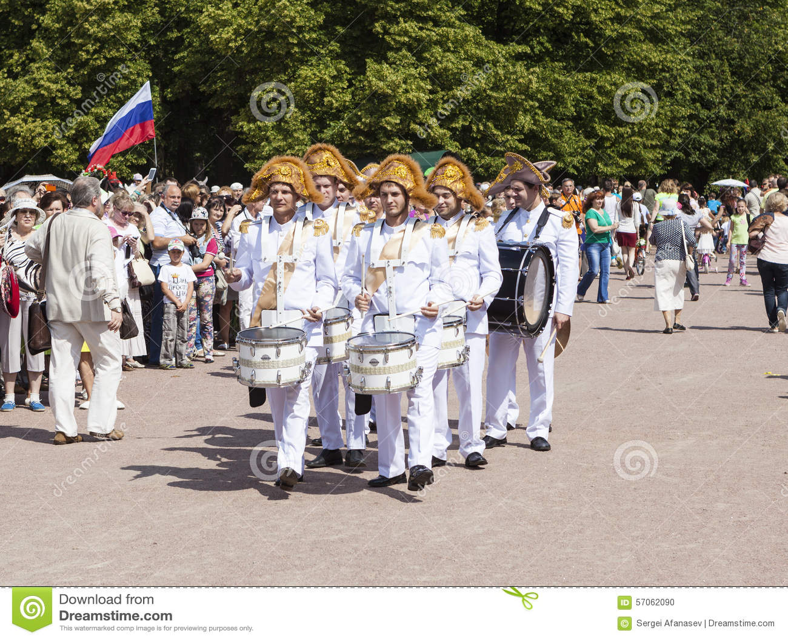 PAVLOVSK, RUSLAND - JULI 18, 2015: Foto van Slagwerkers