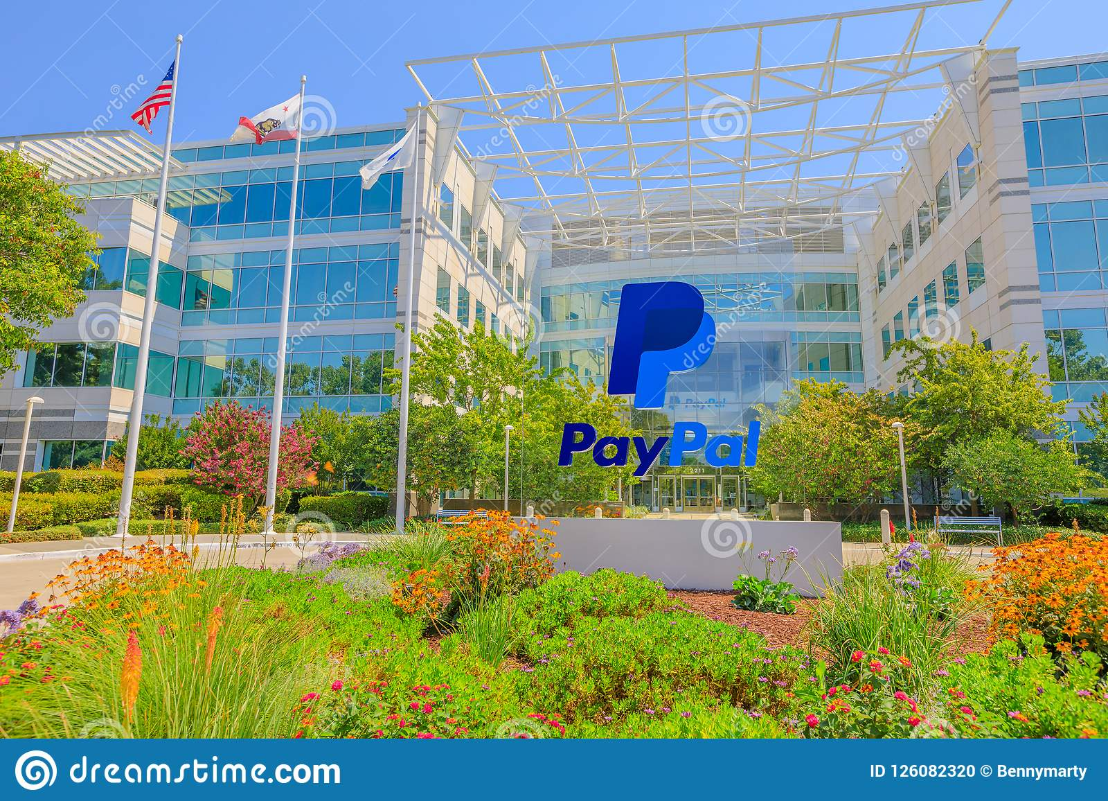 Paypal сигнализирует Сан-Хосе Калифорнию