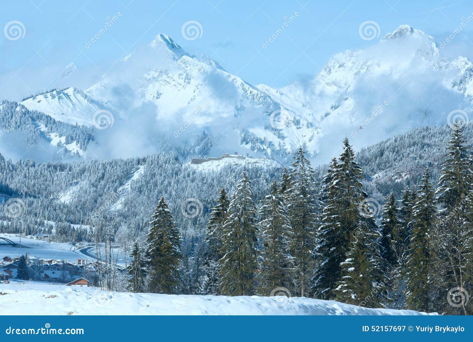 paysage de montagne d 39 hiver autriche tirol image stock image du ciel support 52157697. Black Bedroom Furniture Sets. Home Design Ideas