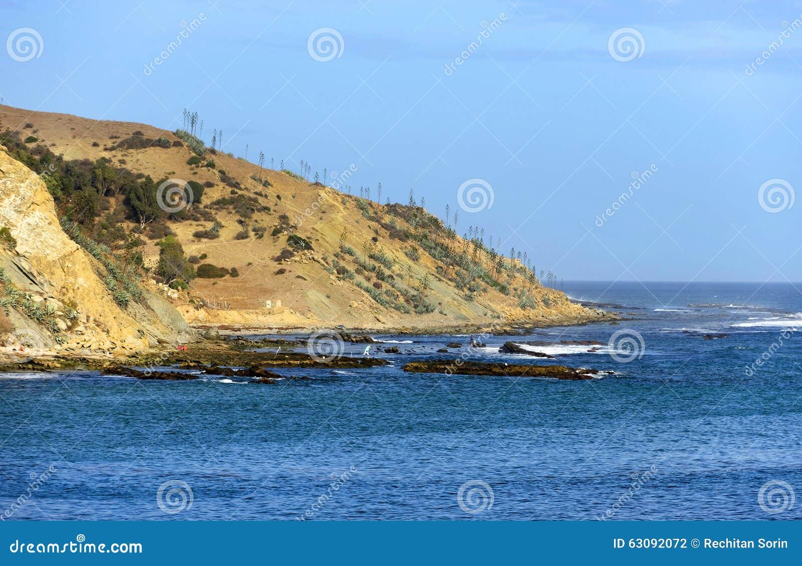 Download Paysage de plage à Tarifa photo stock. Image du azur - 63092072