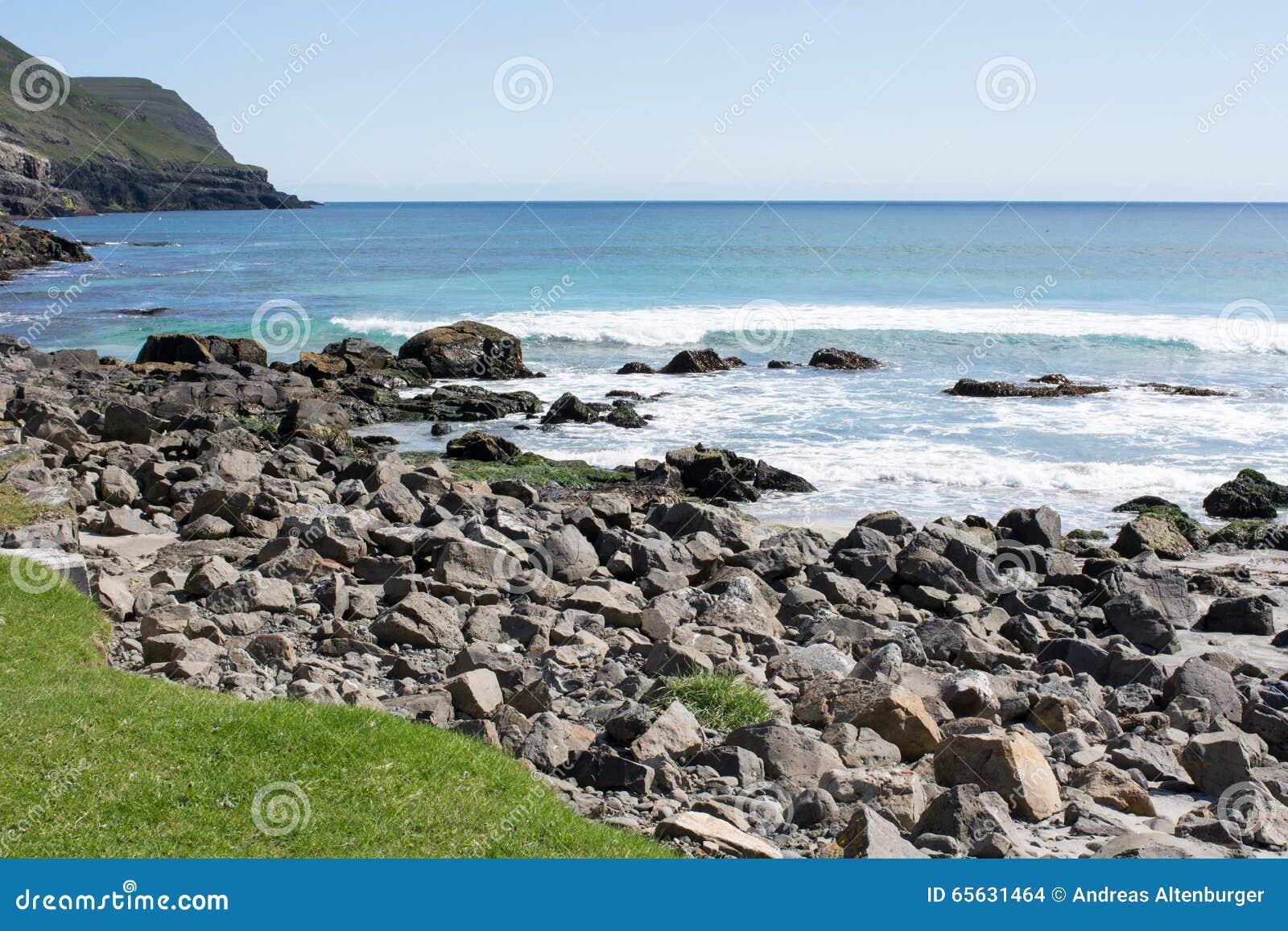 Paysage typique sur les Iles Féroé