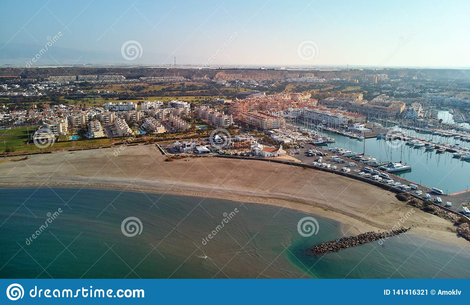 Paysage urbain aérien d Almerimar de photographie de bourdon Almeria, Espagne