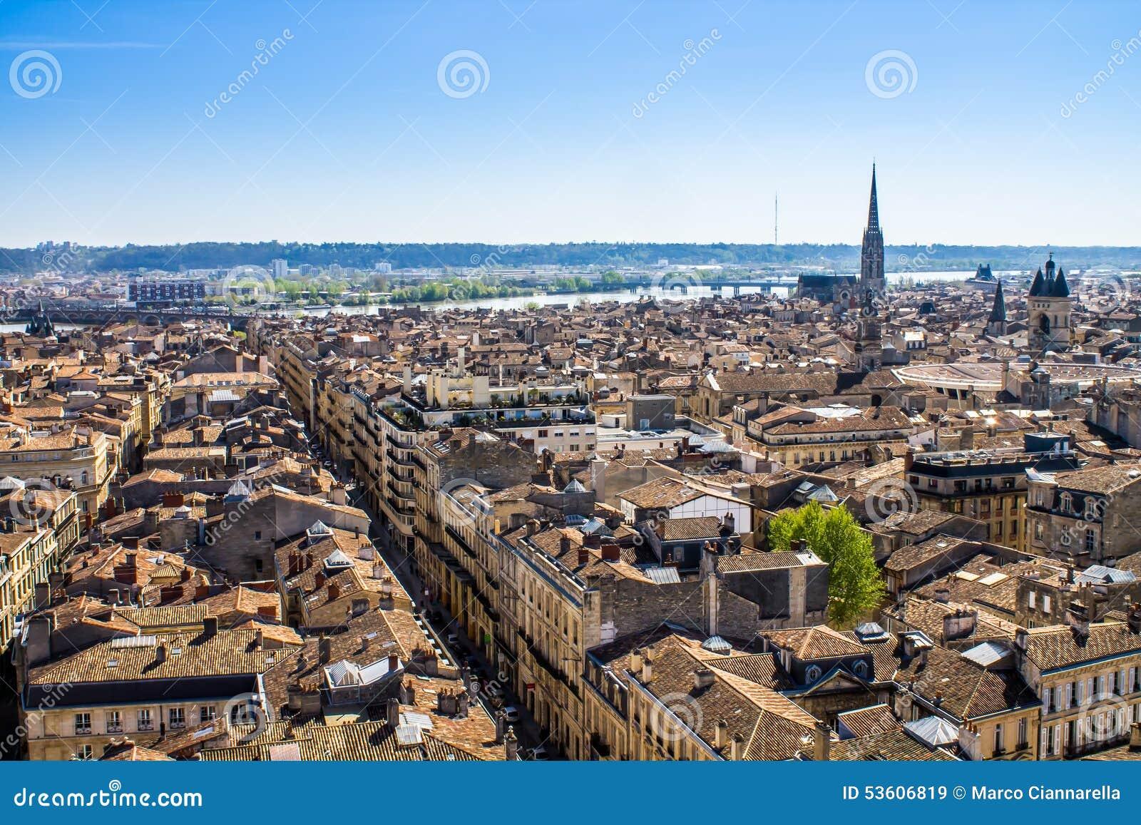 Paysage urbain de bordeaux france image stock image du for Paysage de ville