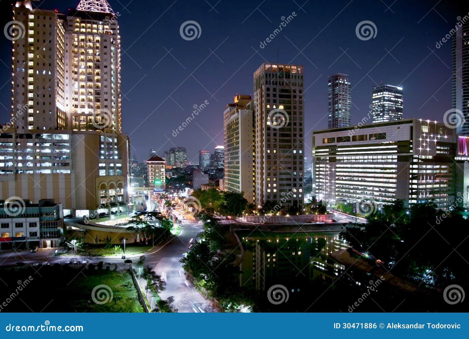 paysage urbain de jakarta la nuit java indon sie image. Black Bedroom Furniture Sets. Home Design Ideas