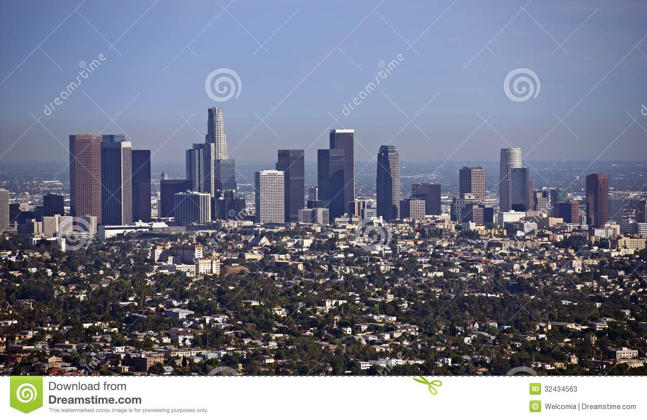 paysage urbain de los angeles image stock image du californien tours 32434563. Black Bedroom Furniture Sets. Home Design Ideas