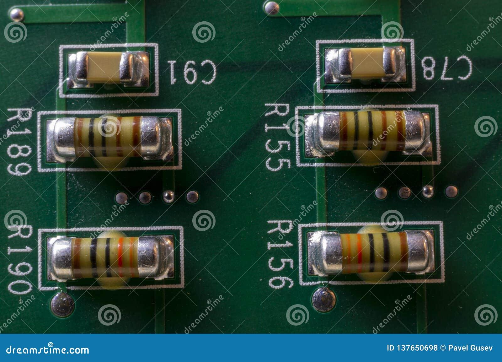 PCB电容器