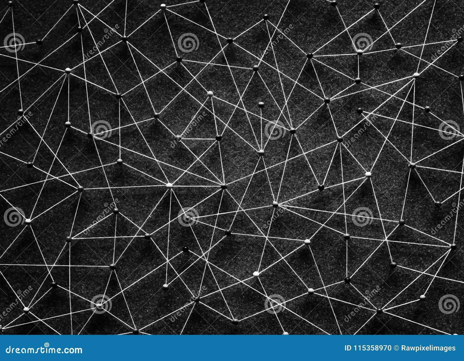 Pchnięcie szpilki łączyli w sieć