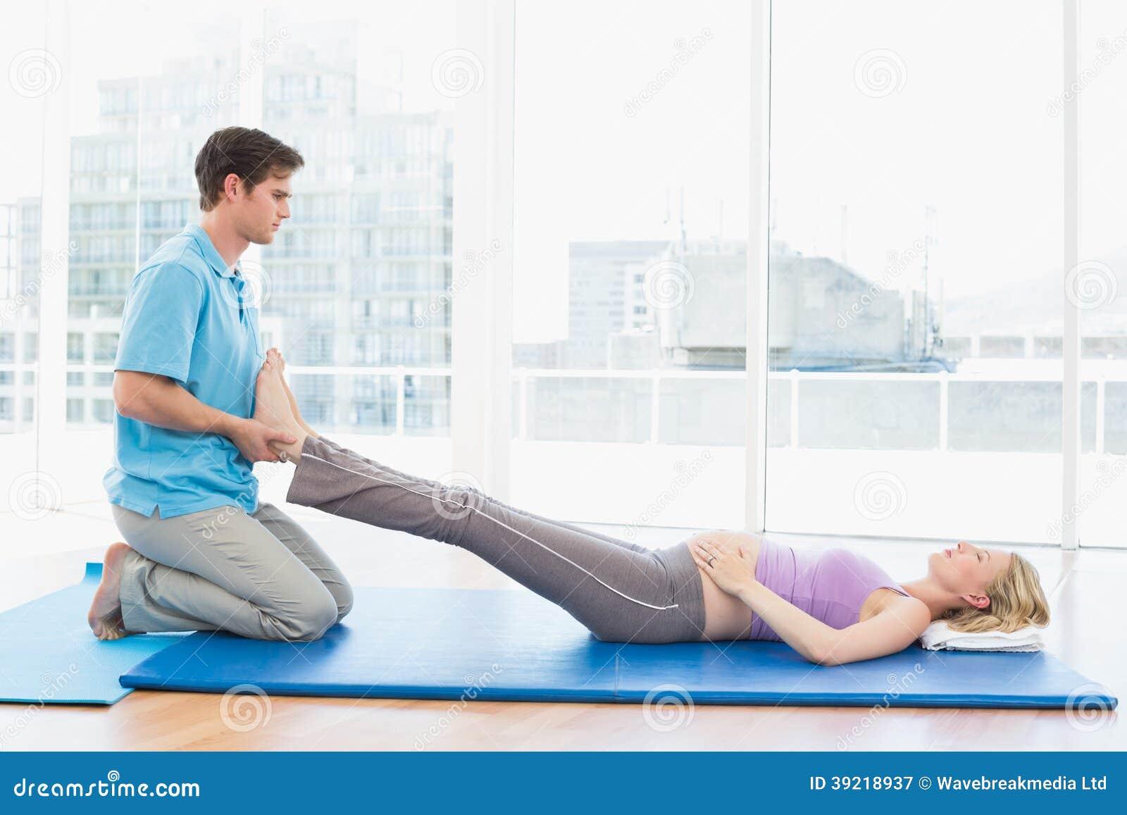 Упражнения для беременных при варикозе в паху