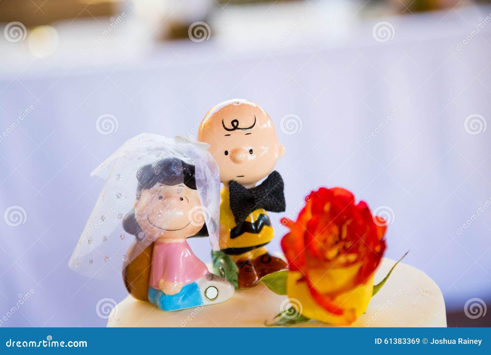 Charlie Brown Wedding Cake Topper