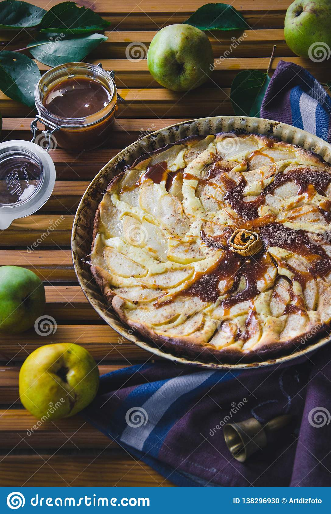 Pear pie with nuts, caramel and mascarpone
