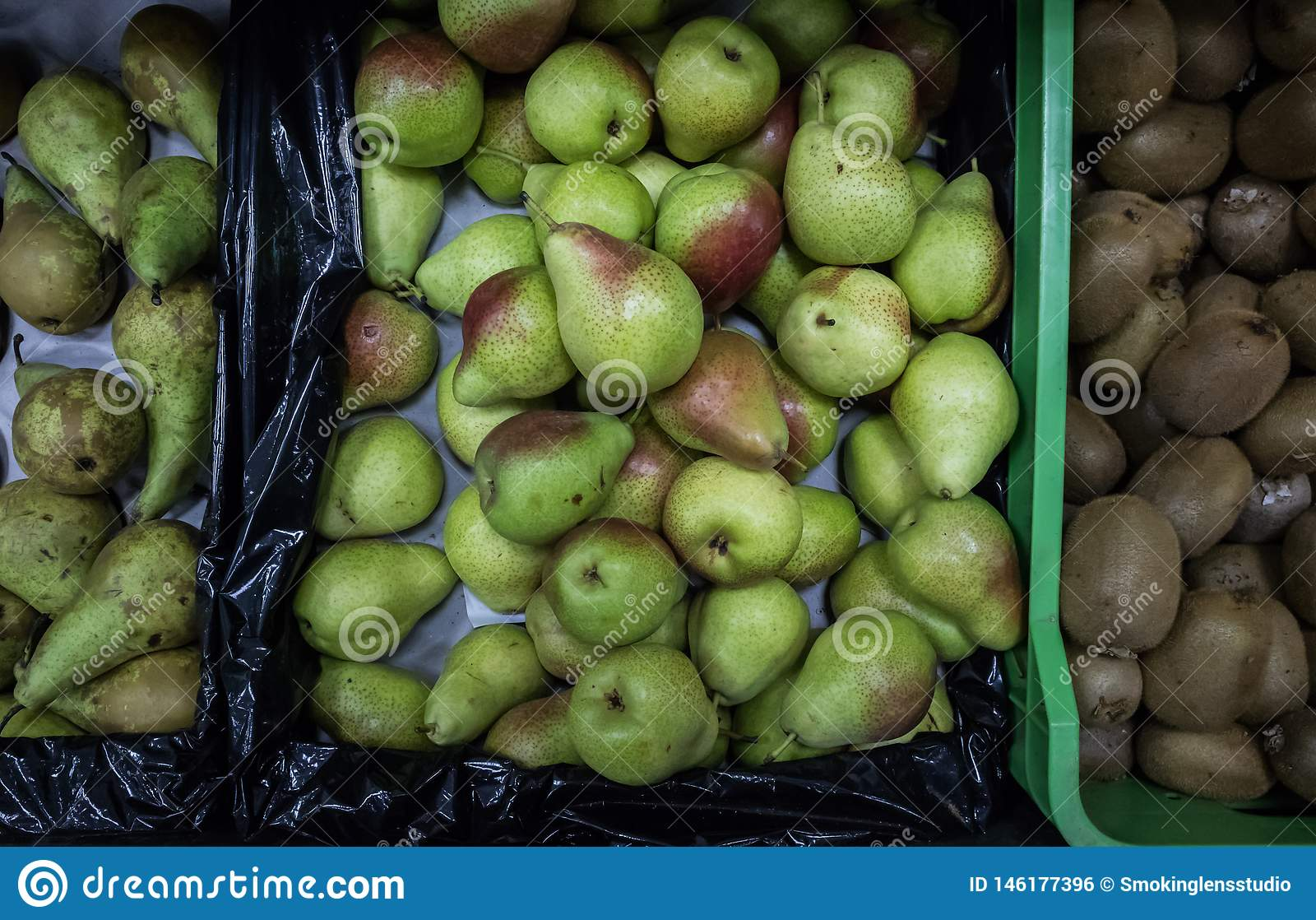 Pears in super market