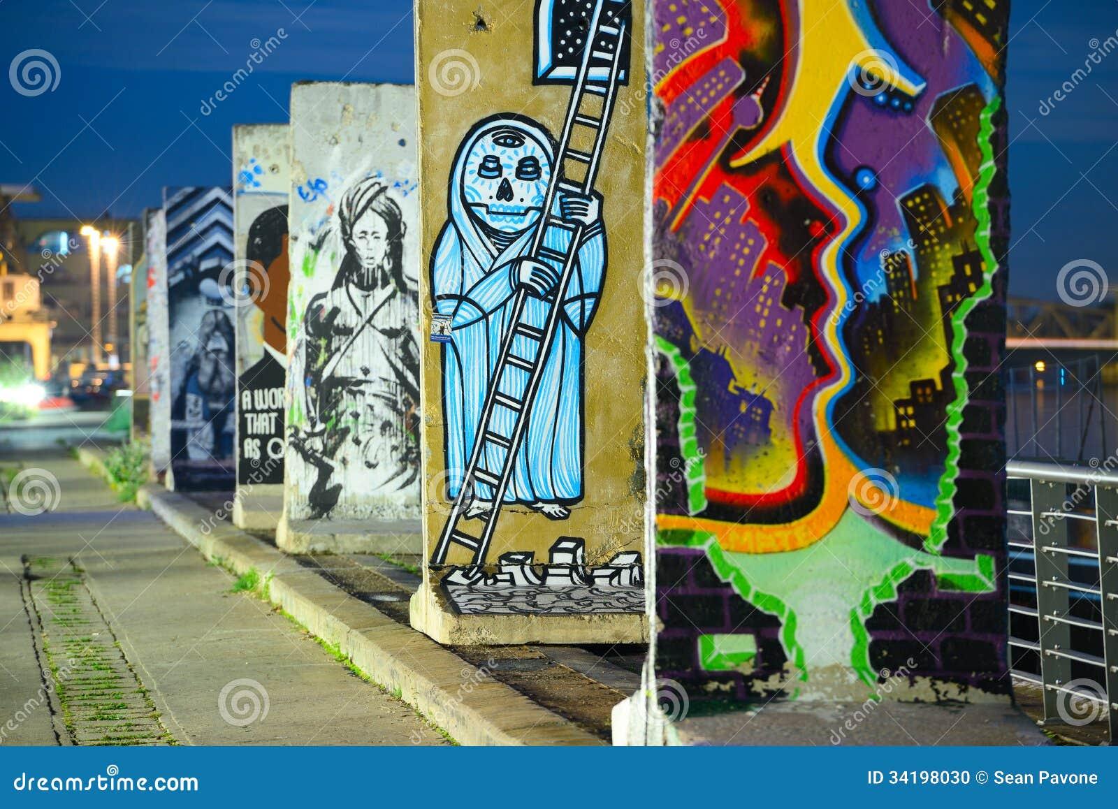 Pedazos de Berlin Wall