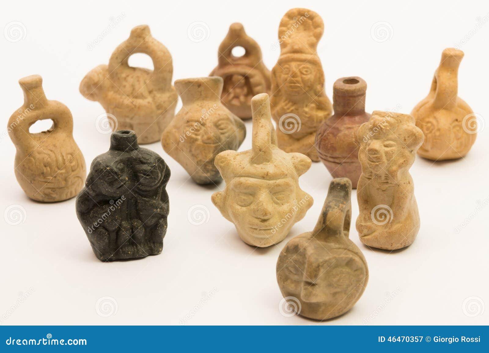 Pedazos de cer mica peruana inca de cer mica imagen de - Fotos de ceramica ...