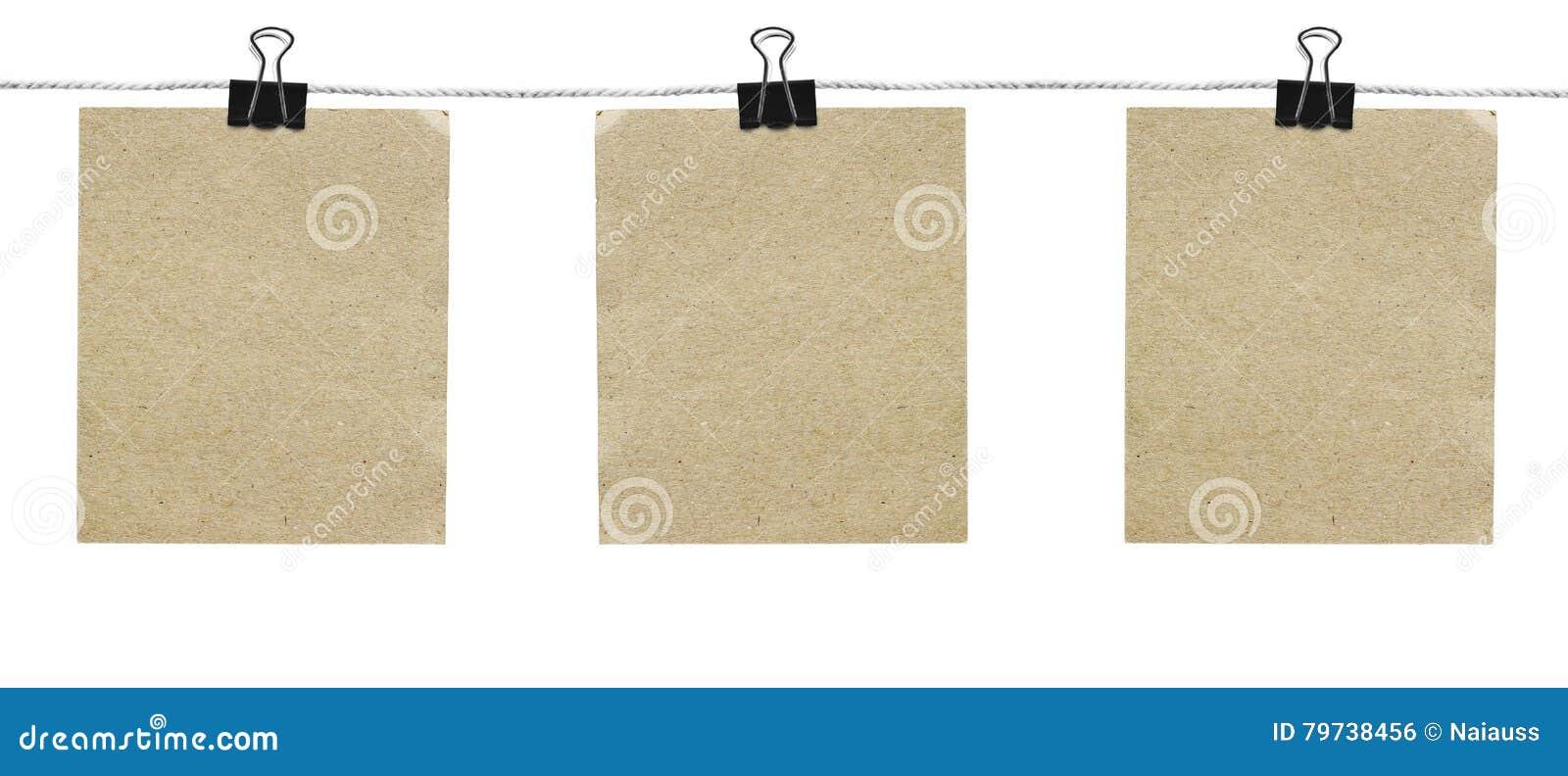 Pedazos de papel rasgado