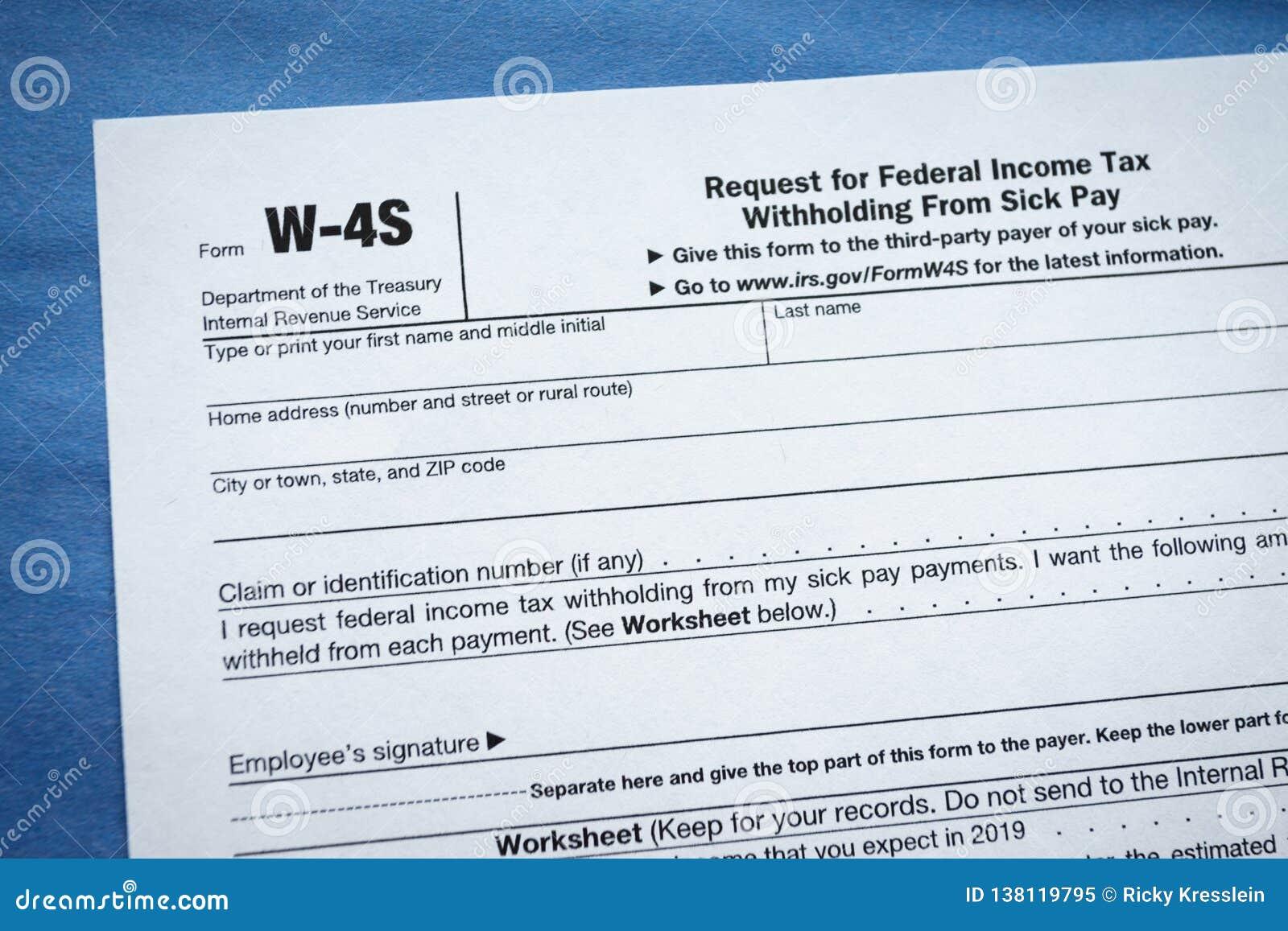 Pedido do formulário W-4S para a retenção de impostos federais sobre as receitas do pagamento doente
