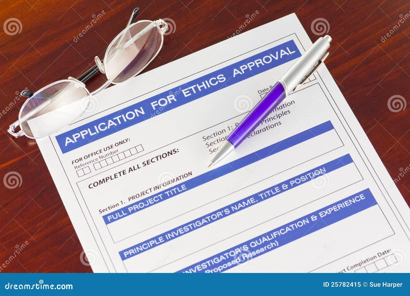Pedido para o formulário da aprovaçã0 das éticas na mesa
