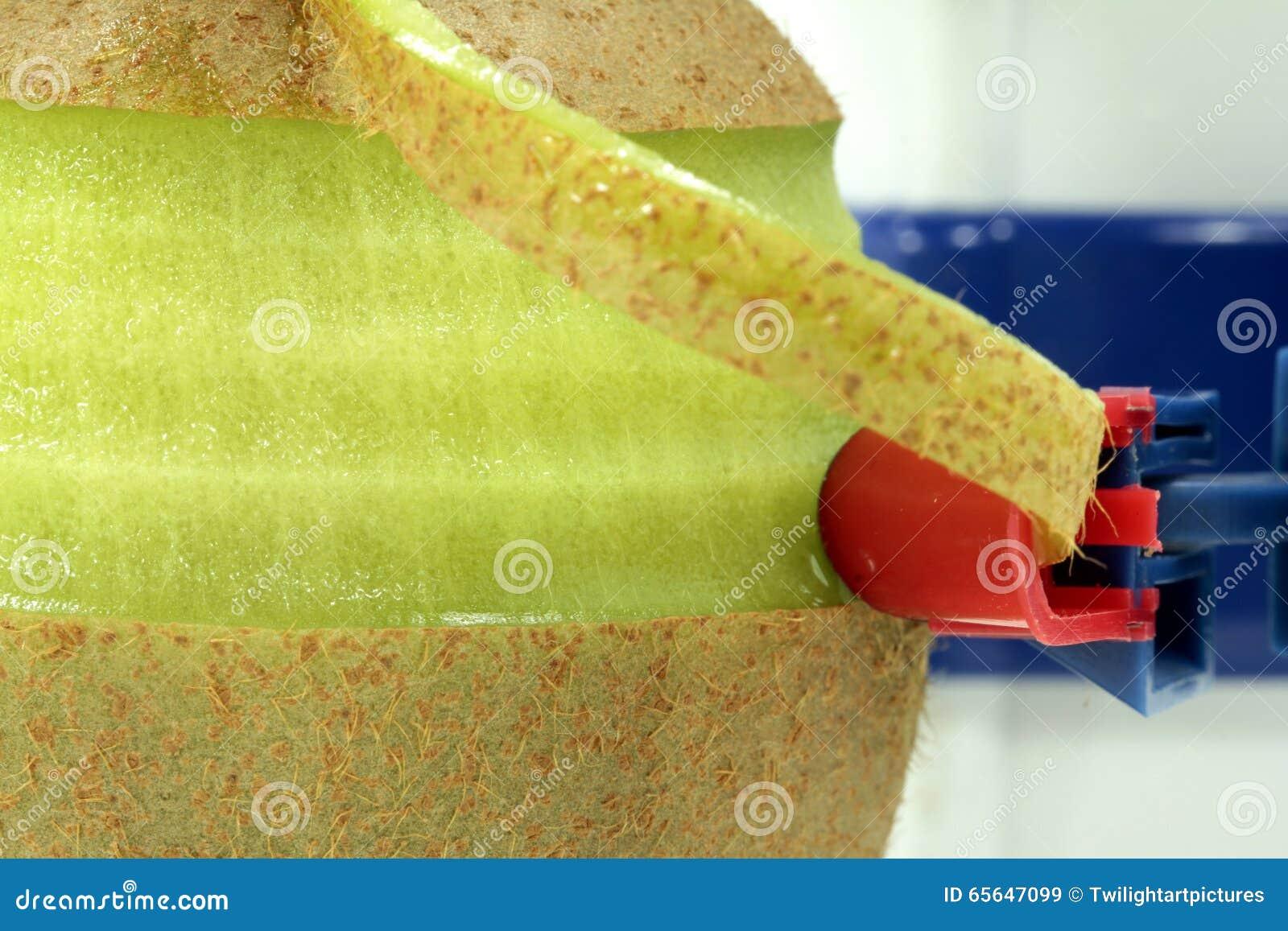 Peelling de kiwi