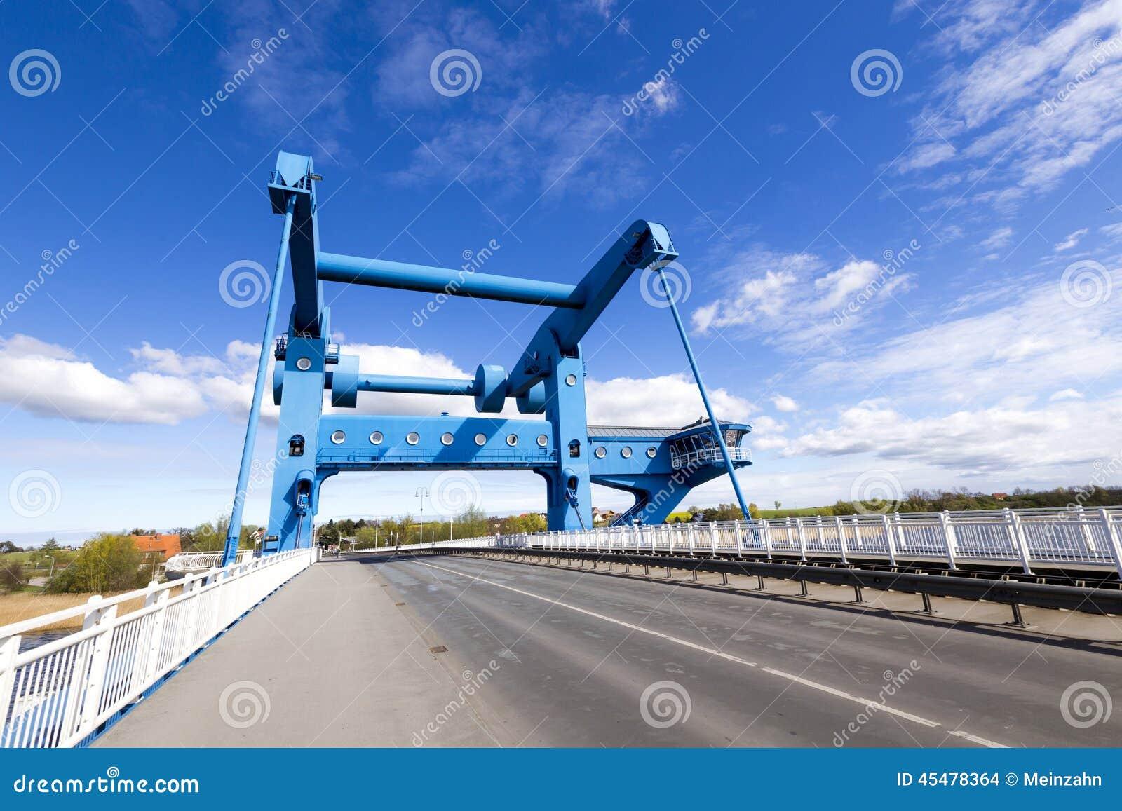 Peenebrà ¼ cke开启桥在沃尔加斯特