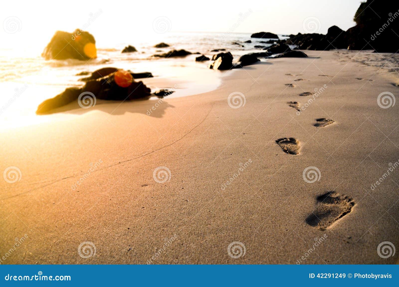 Pegadas na praia