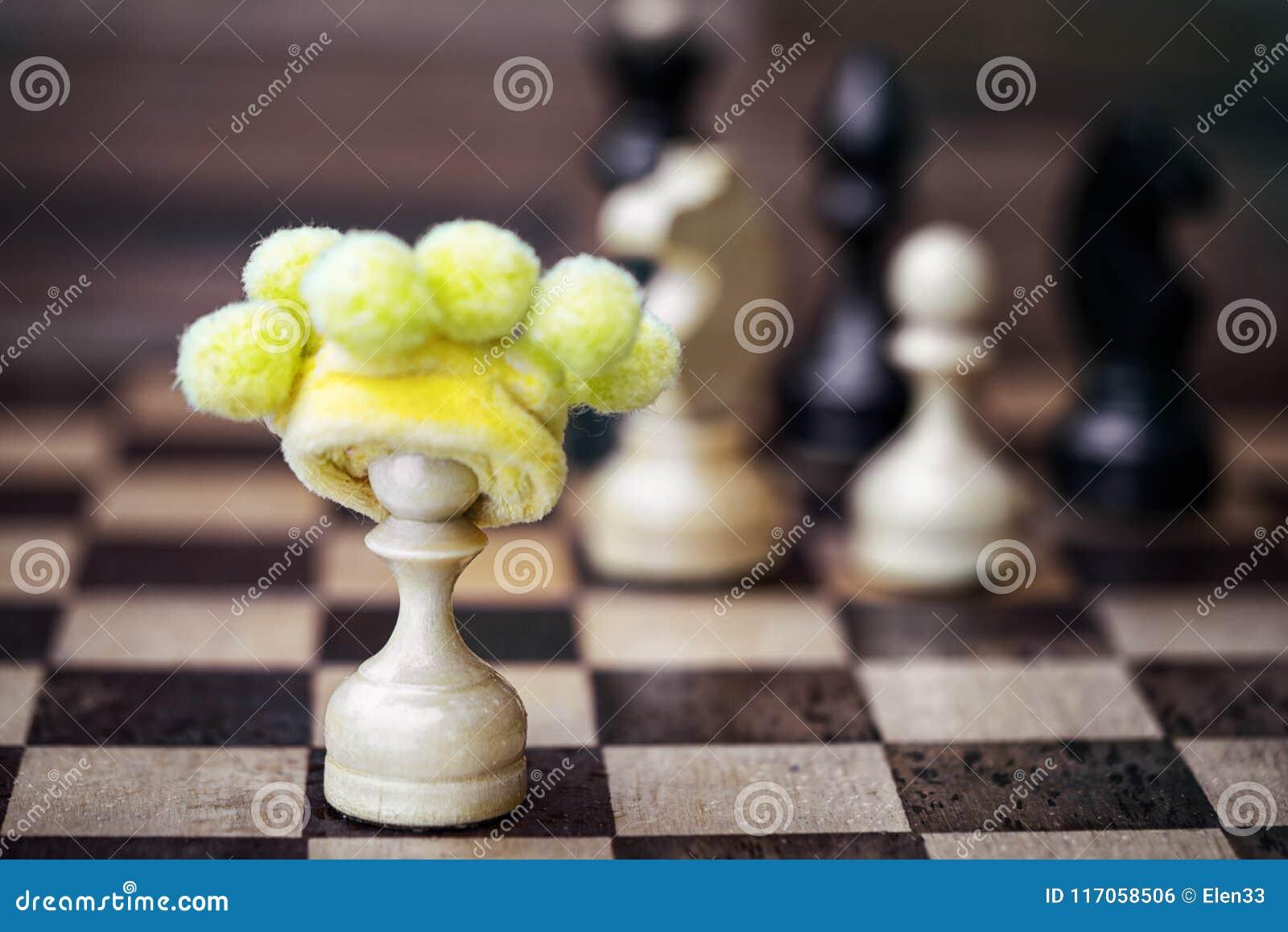 Pegno di scacchi in cappello insensato