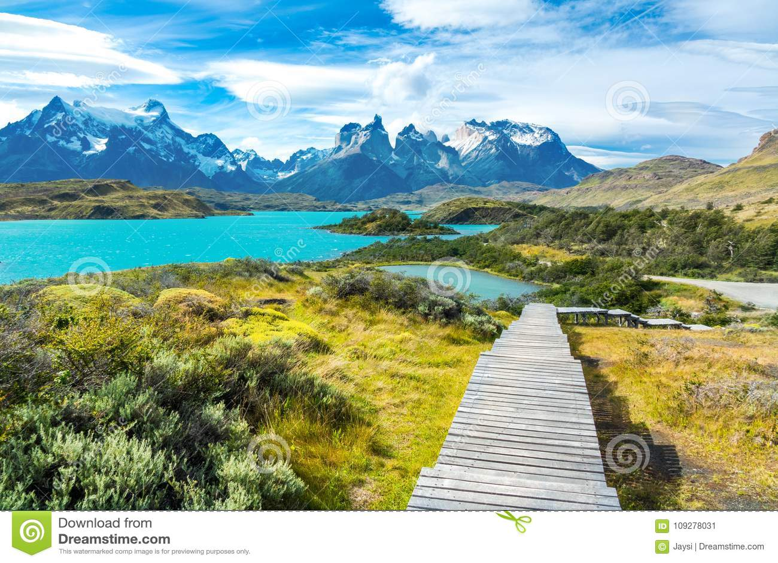 Pehoe sjö och Guernos berglandskap, nationalpark Torres del Paine, Patagonia, Chile, Sydamerika