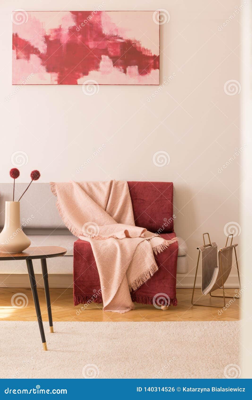 Peinture Abstraite Sur Le Mur Blanc Vide Du Salon élégant