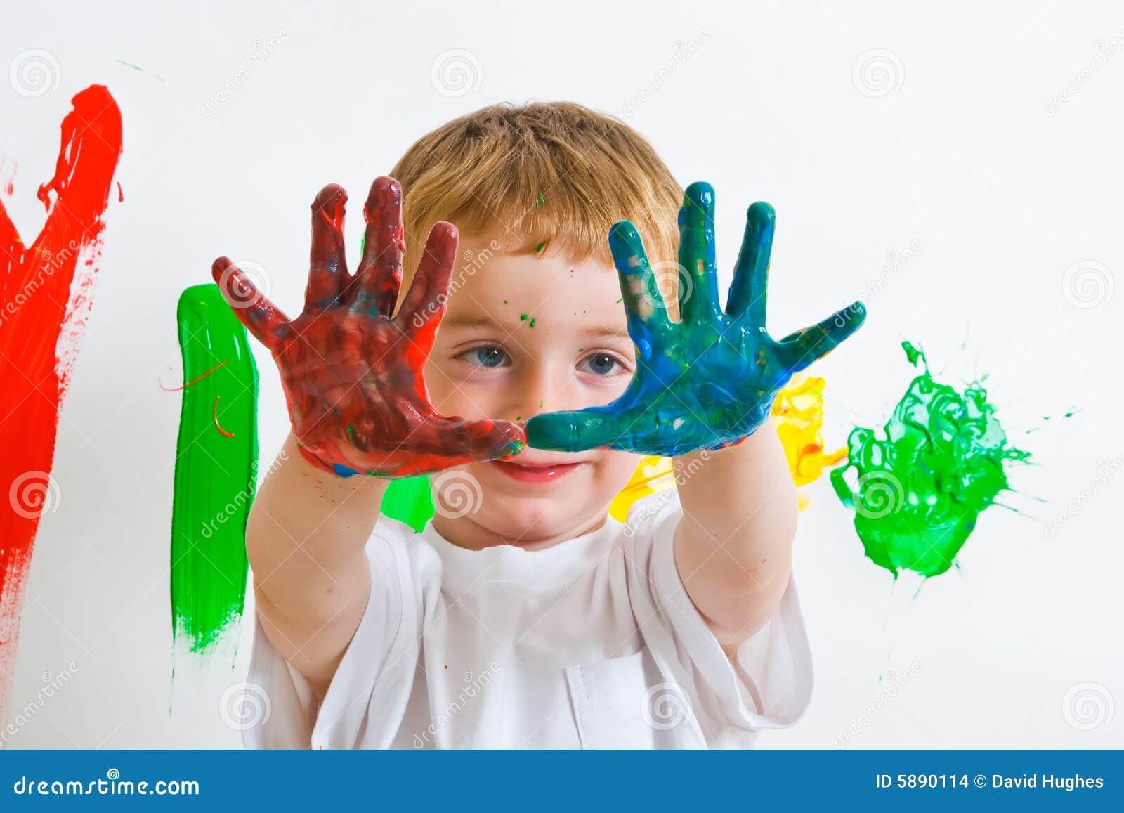 Peinture d 39 enfant avec les mains malpropres photo stock image du artiste fuselage 5890114 - Table a repasser avec les mains ...