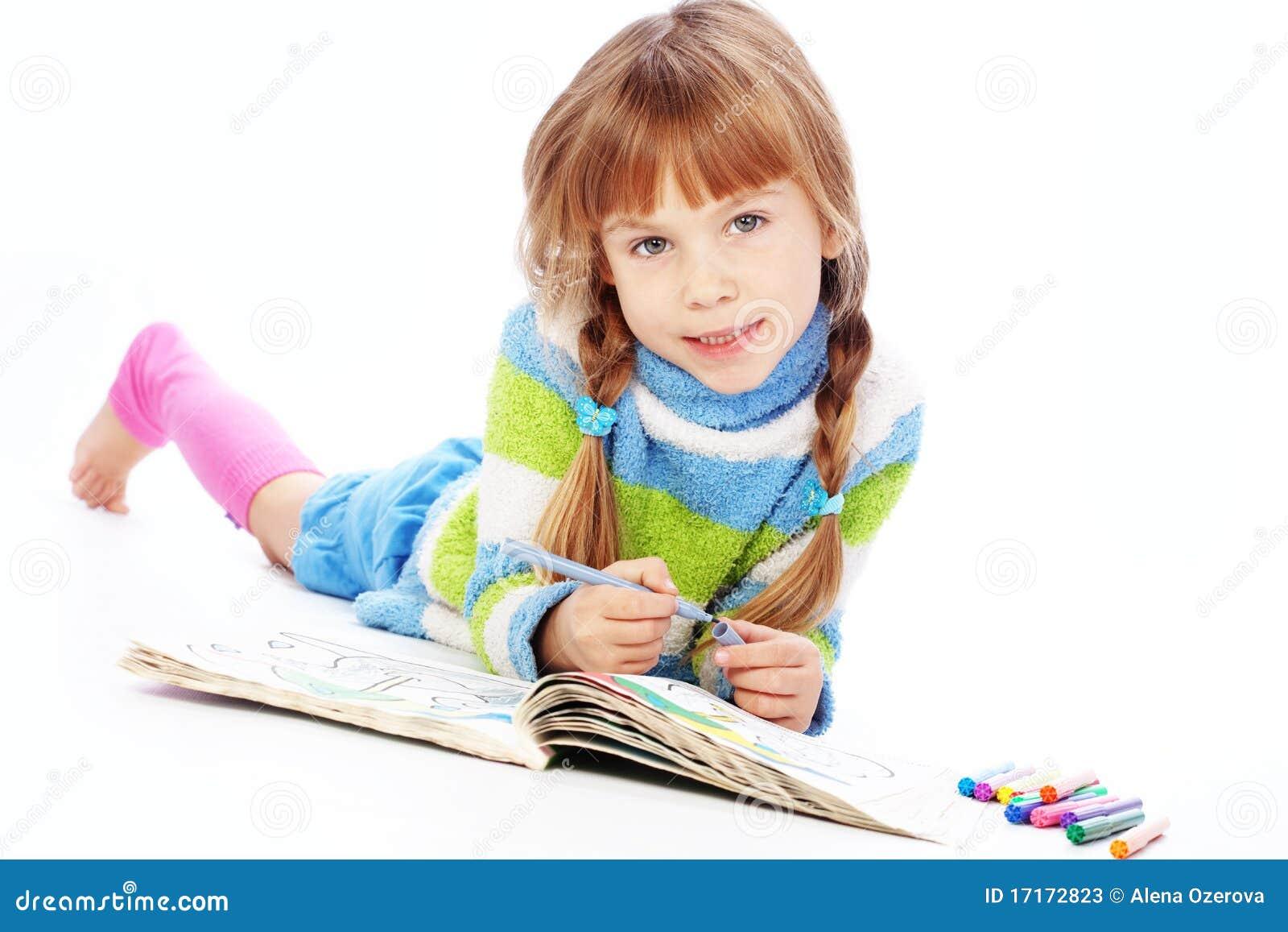 peinture de petite fille image stock image du effectuer 17172823. Black Bedroom Furniture Sets. Home Design Ideas
