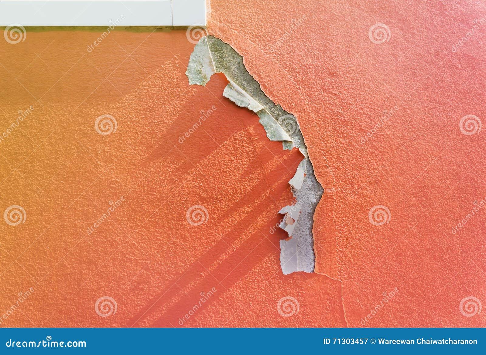 peinture ext rieure d t rior e de mur de maison image stock image 71303457. Black Bedroom Furniture Sets. Home Design Ideas