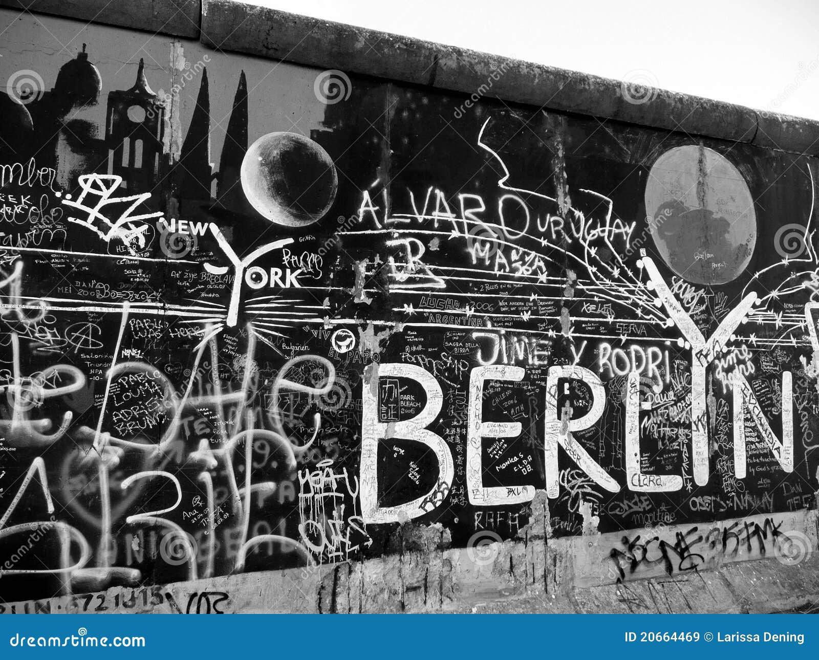 peinture murale sur le mur de berlin image stock image. Black Bedroom Furniture Sets. Home Design Ideas