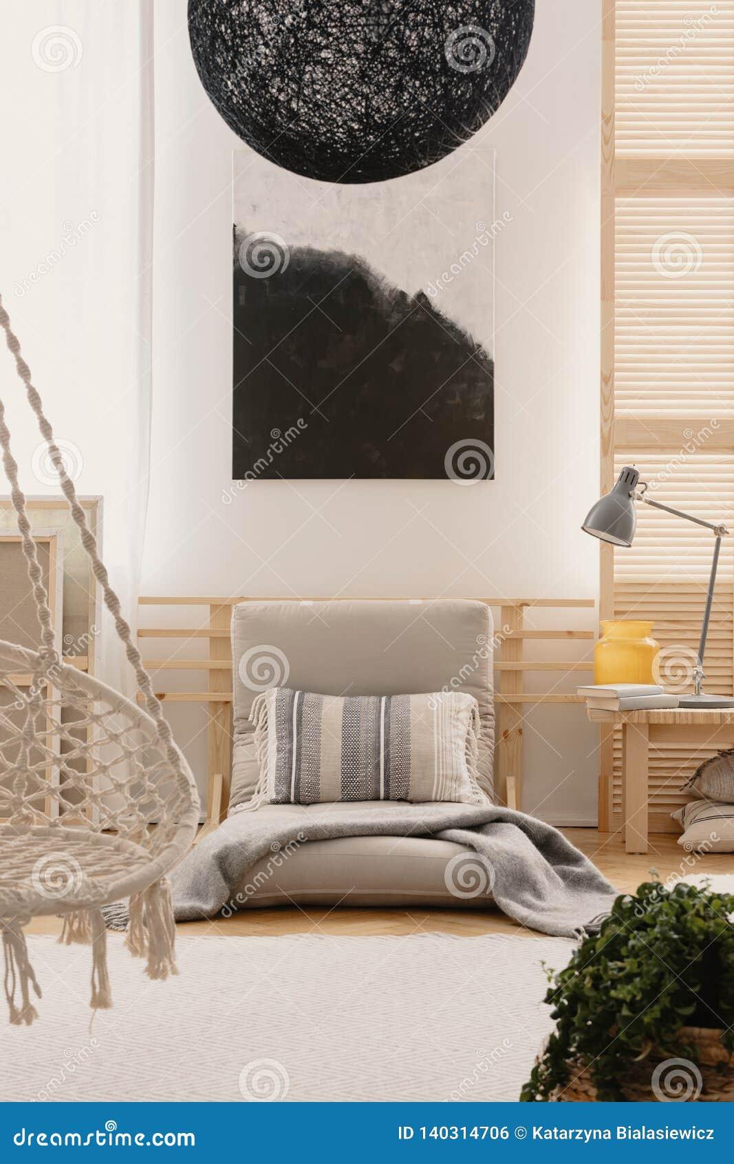 Peinture Noire Et Blanche Abstraite Sur Le Mur Dans L